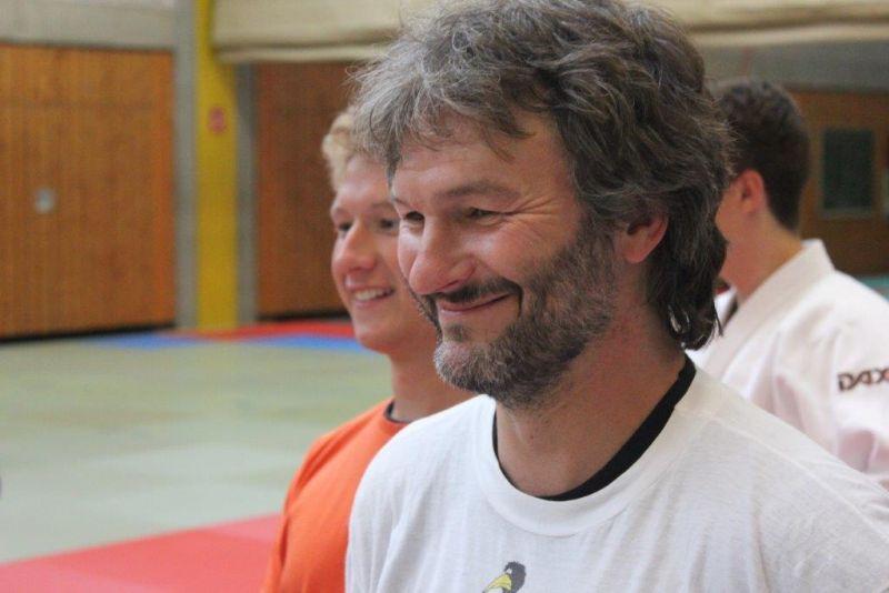 <b>Volker Gößling</b> kann nicht nur Judo und hat Spaß an der Anleitung von ... - Tuebingen23